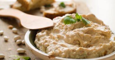 Recepti iz šolske kuhinje: Namaz iz fižola in feta sira